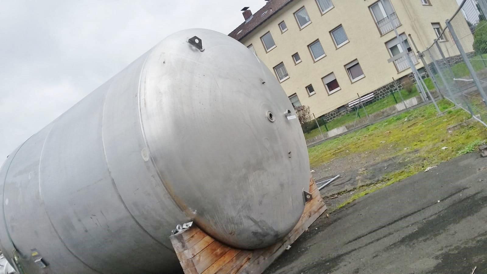 15881_2_tanks_200777_6_.jpg