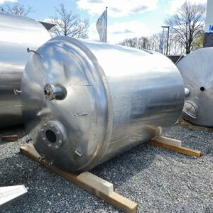 5662 liter tank i Syrafast 316